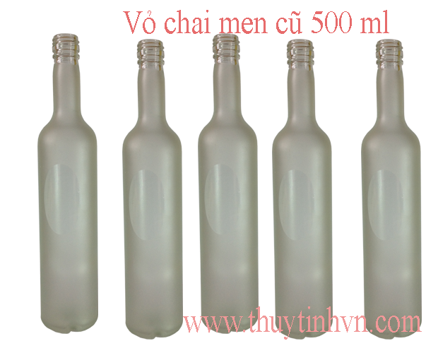 chai 500 ml vodka men mờ